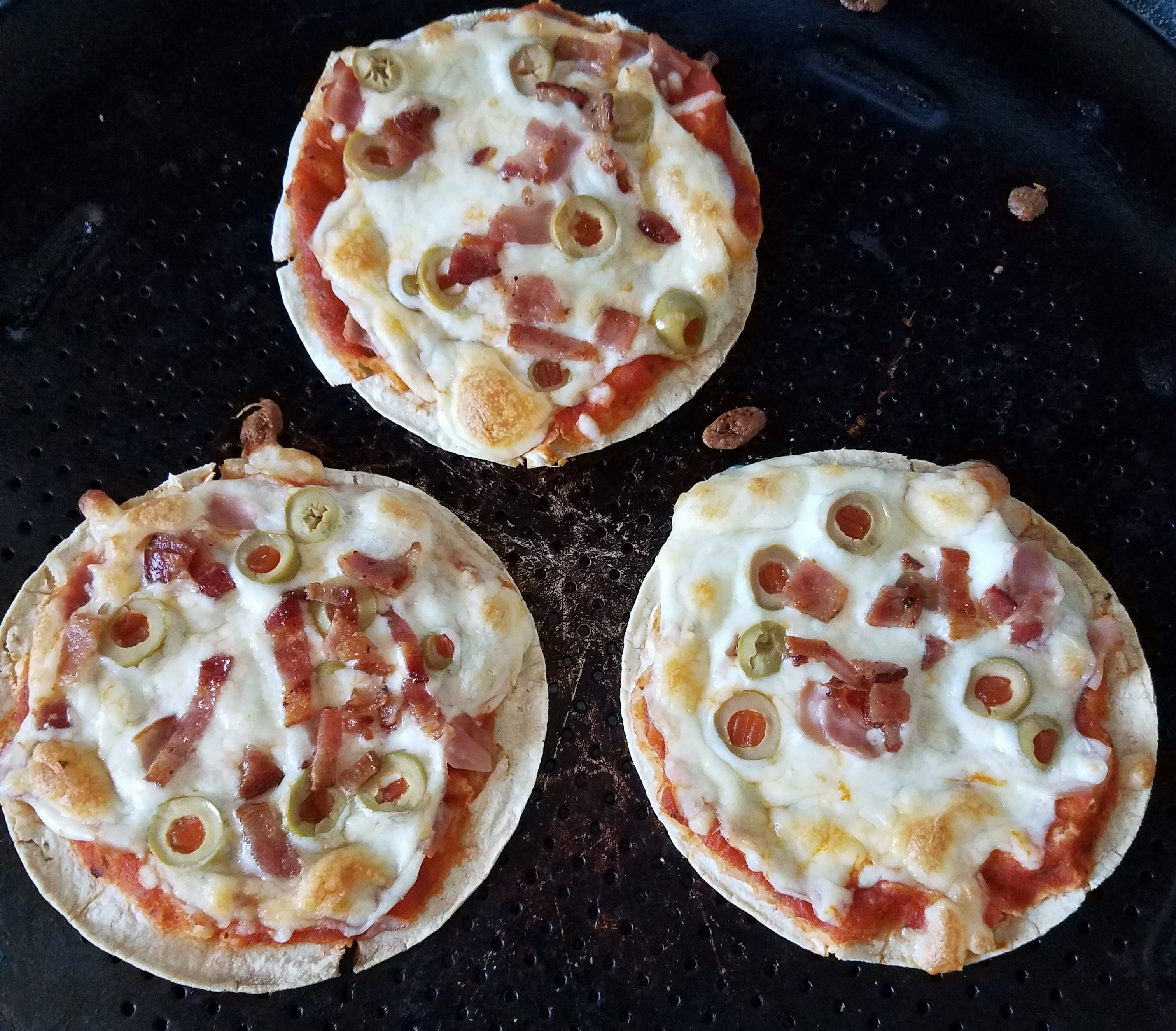 Corn Tortilla Pizza